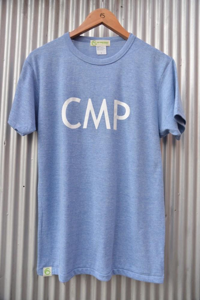 【WEB限定】 MANIA PRODUCTS / CMP LOGO TEE  (ヘザーブルー)